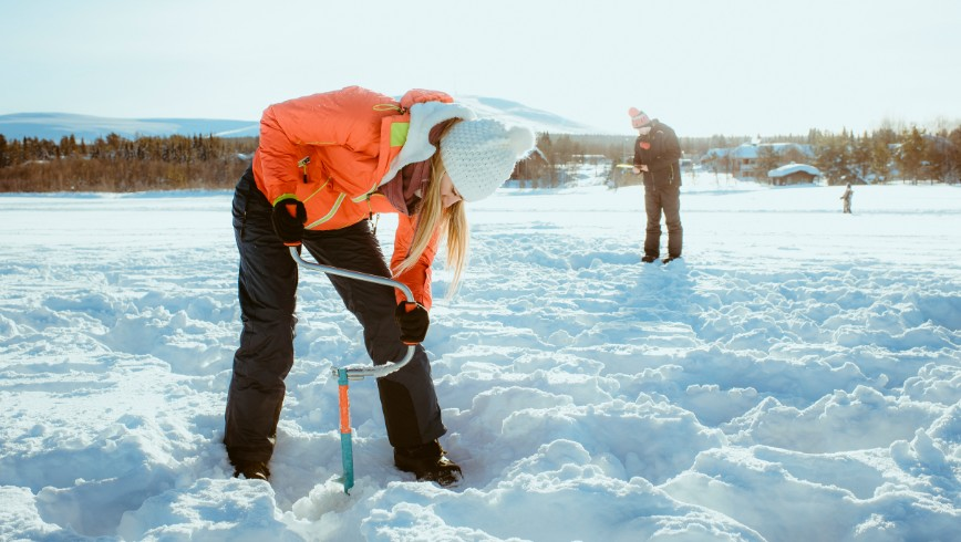 picture Icefishing Lapland Travel Äkäslompolo